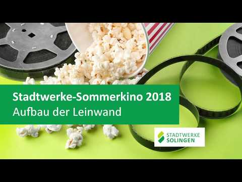 Stadtwerke-Sommerkino 2018 - Aufbau der Leinwand
