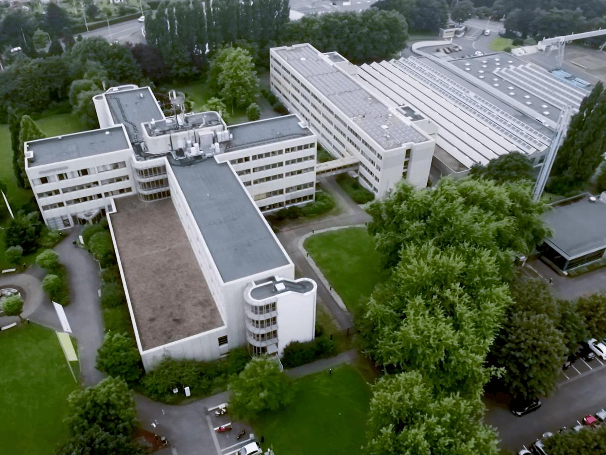 Drohnenvideo zum Hauptsitz der Stadtwerke Solingen Beethovenstraße.