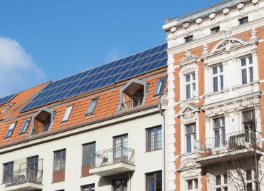 Mieterstrom Solar - Dach Mehrfamilienhaus
