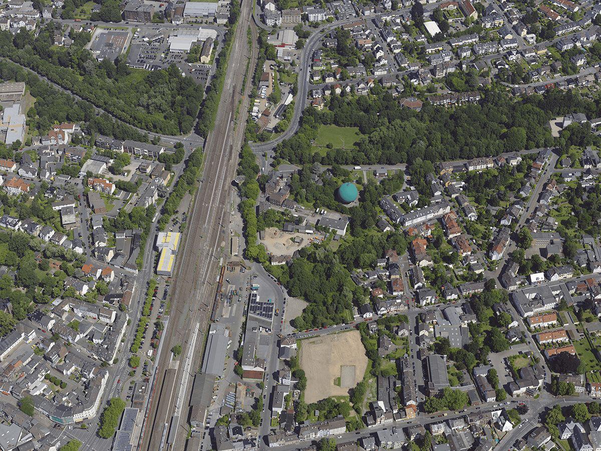 Schrägaufnahme der Gaskugel Ohligs (2015), Quelle: Stadt Solingen, Der Oberbürgermeister