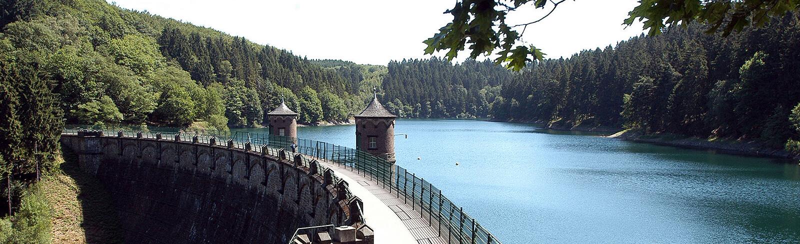 Sengbachtalsperre Solingen (Staumauer)
