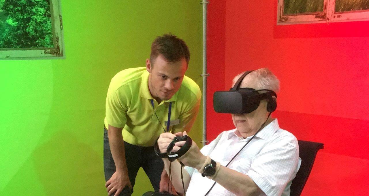 Solingen Messe 2018 - Stand der Stadtwerke mit VR-Brille