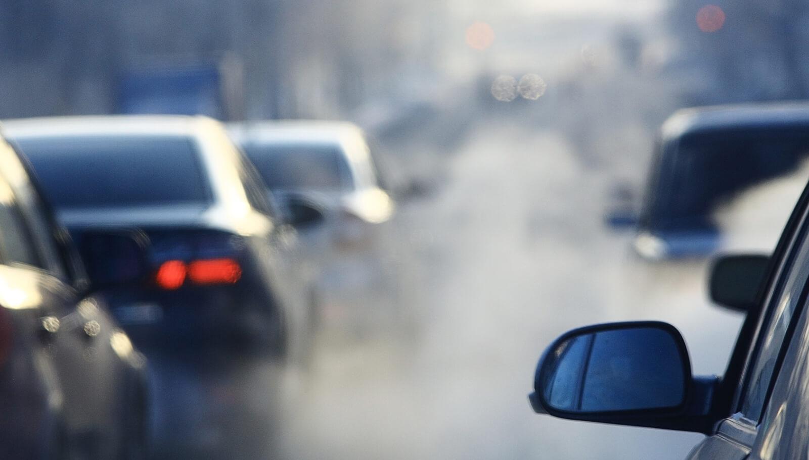 Autoabgase und Smog