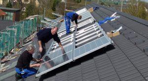 Installation von Solar-Anlagen auf Mehrfamilienhäusern in Solingen