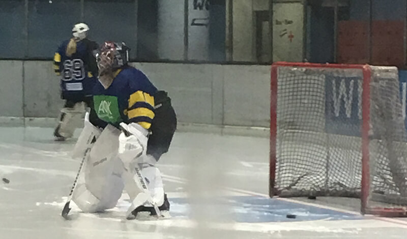Elisa Bendig Torhüterin im Eishockey