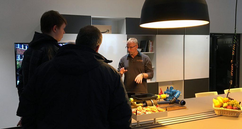 Infoabend für Eltern in der Ideenwerkstatt der Stadtwerke Solingen.