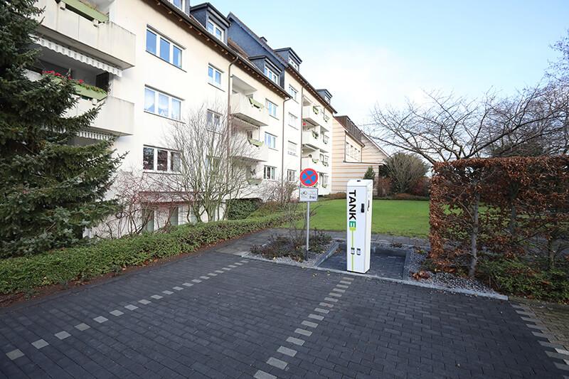 Ladensäule in der Friedenstraße 112 in Solingen (Eigenheim).