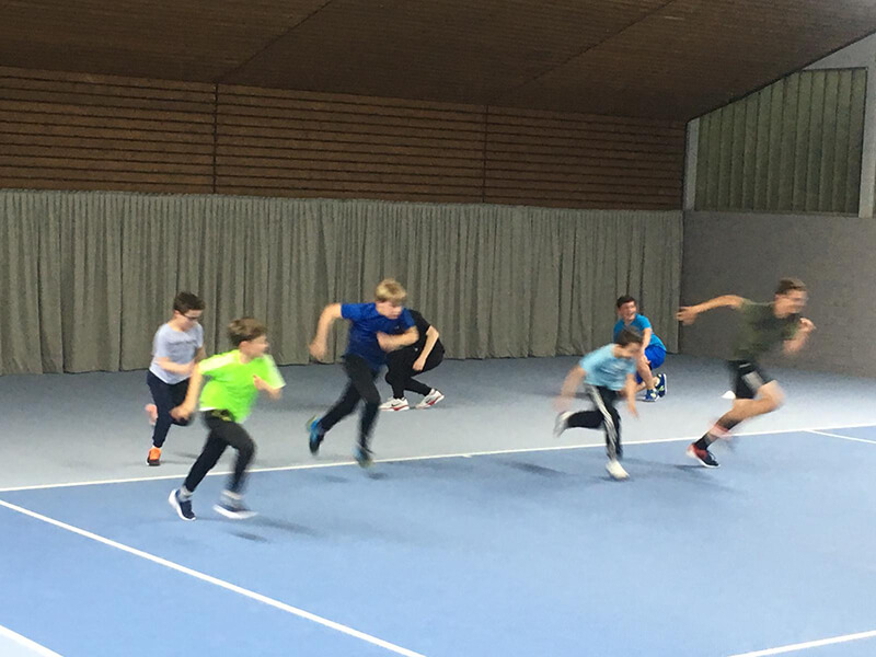 TC Ohligs: Konditionstraining - Sprint mit Jungs