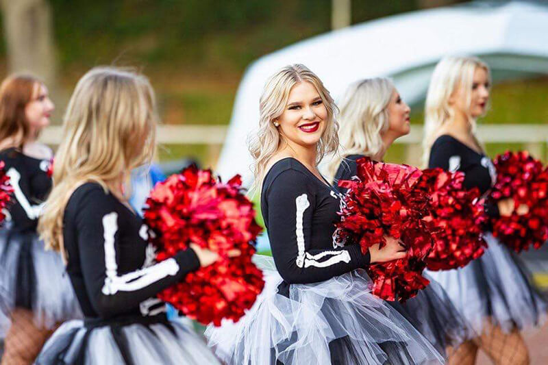 Cheerleader der Solingen Paladins