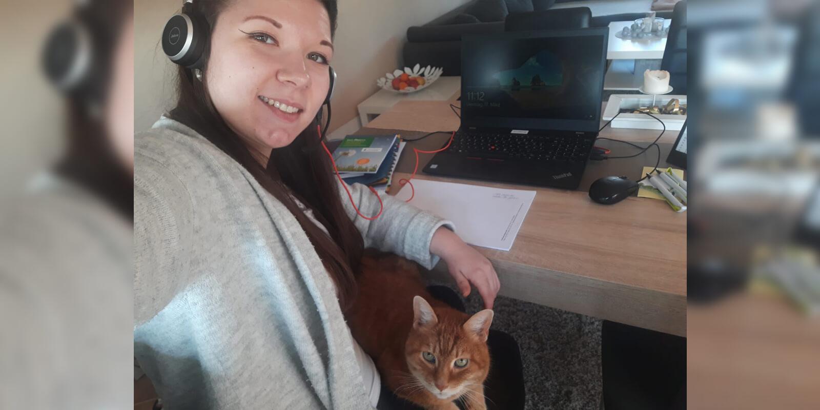 Lucia - Selfie mit Katze