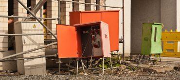Baustrom - Stromkästen auf Baustelle