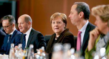 Kabinettssitzung 2020 mit Angela Merkel