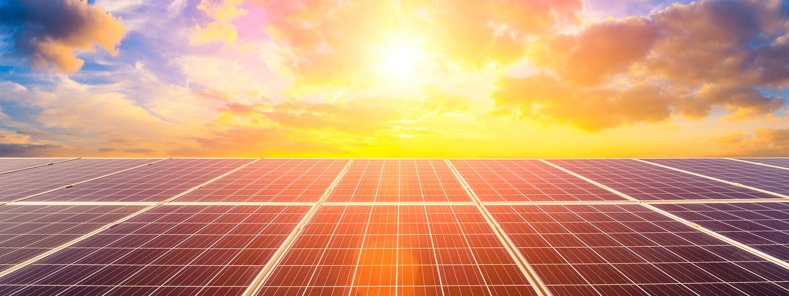 Solaranlagen Sonnenuntergang
